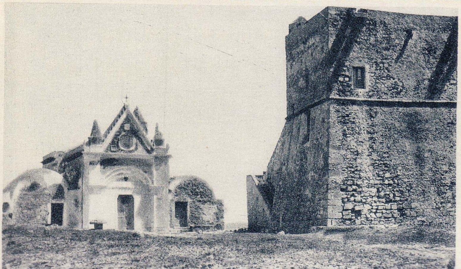 Torre Nao e chiesa