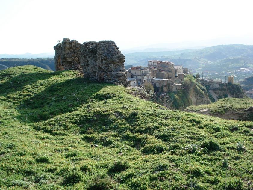 Roccabernarda castello