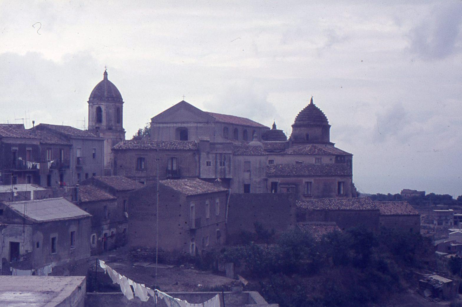 La cattedrale vista dalla Motta