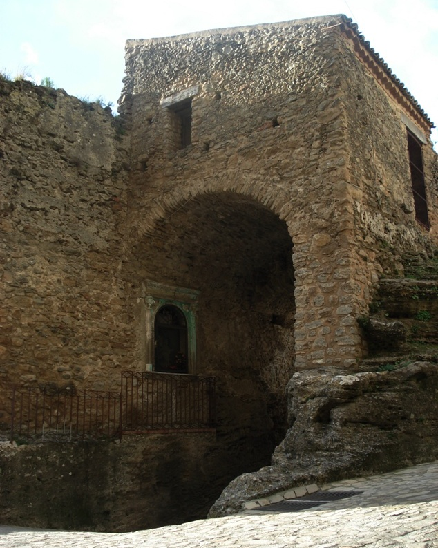 Santa Severina porta