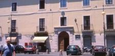 Facciata palazzo vescovile di Crotone