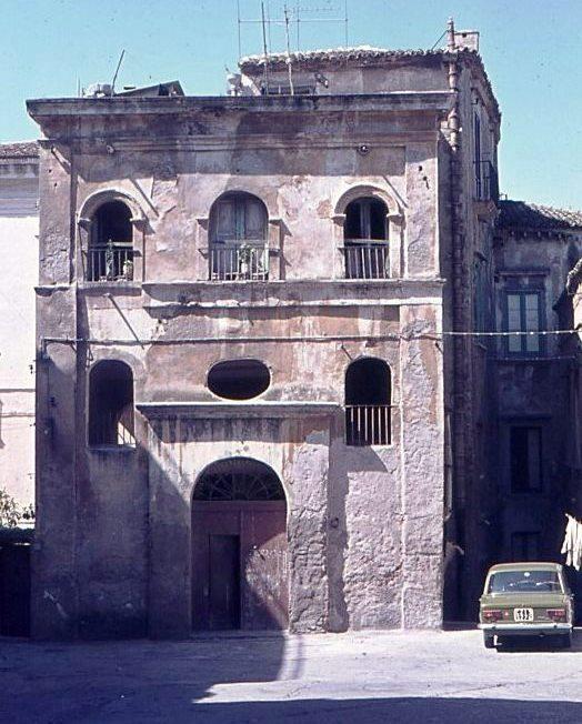 Il Palazzo Astorelli