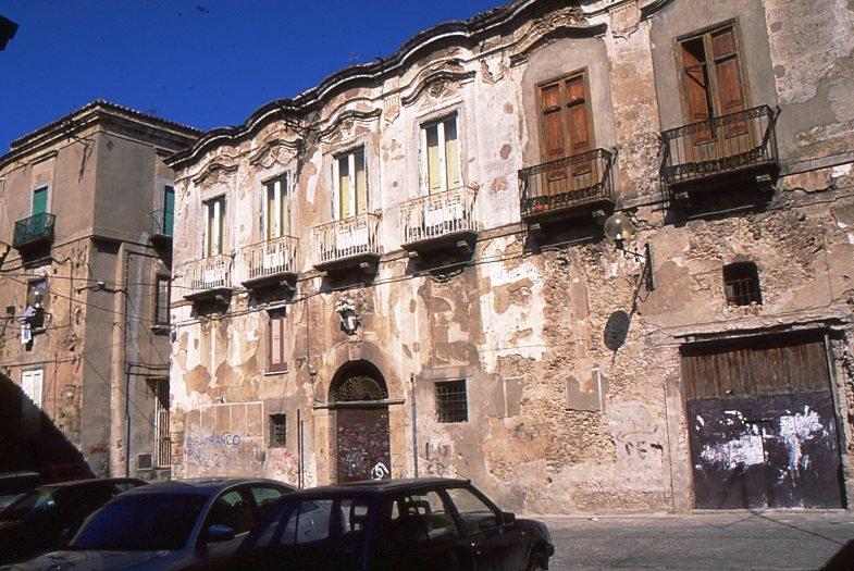 palazzo suriano marzano782