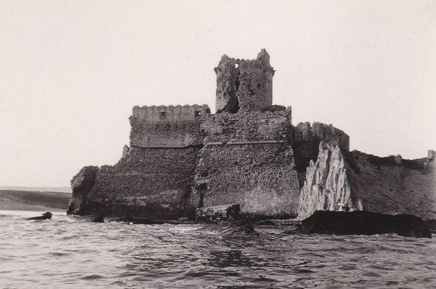 le castella castello