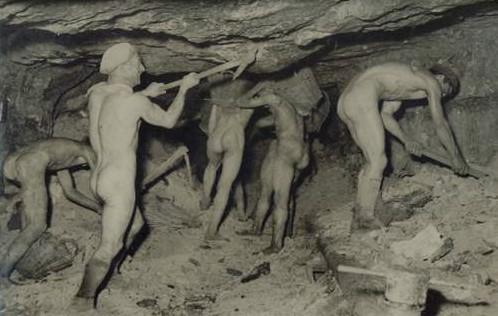 Strongoli minatori di zolfo