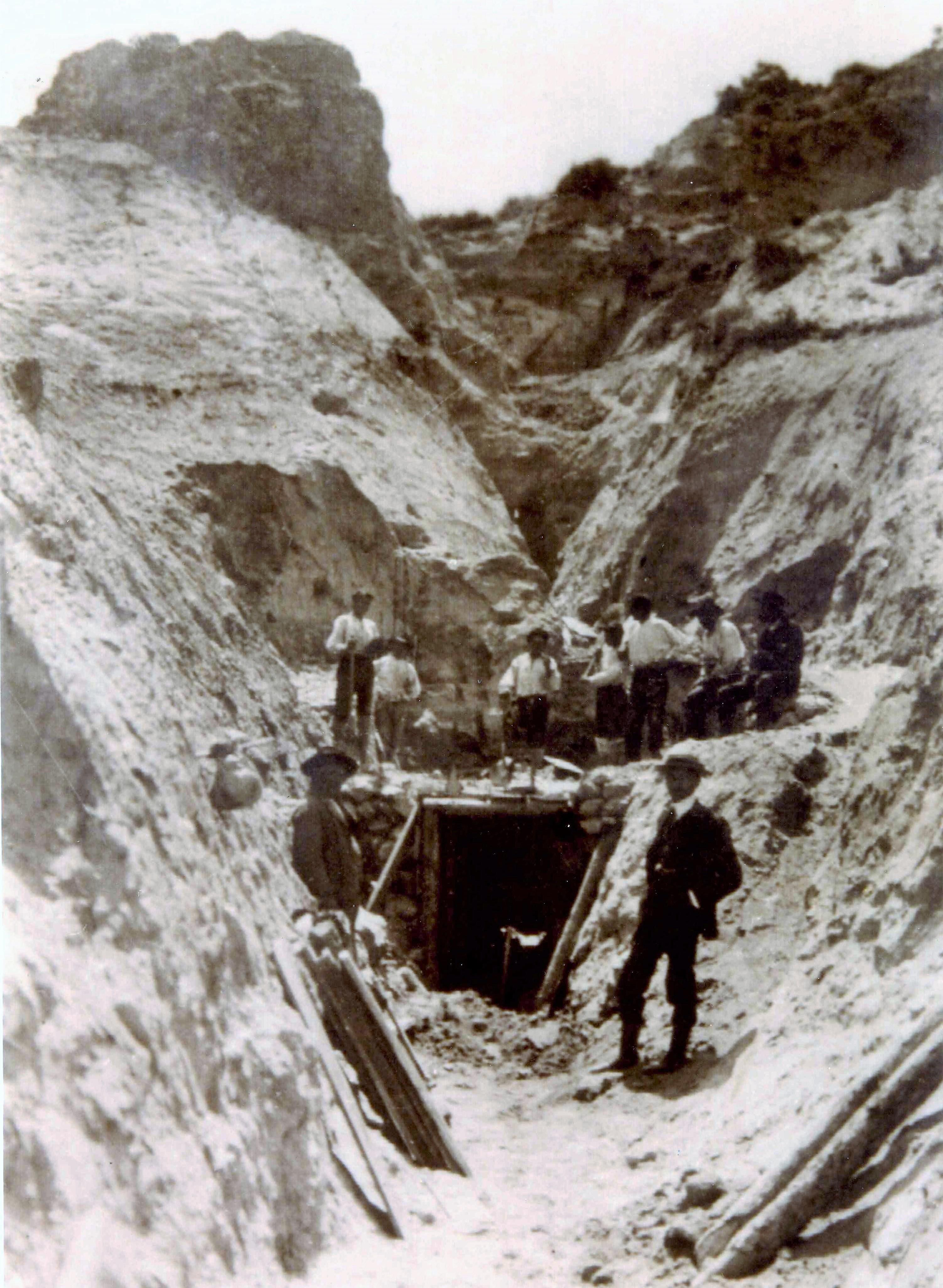 ingresso-miniera-santa-domenica185