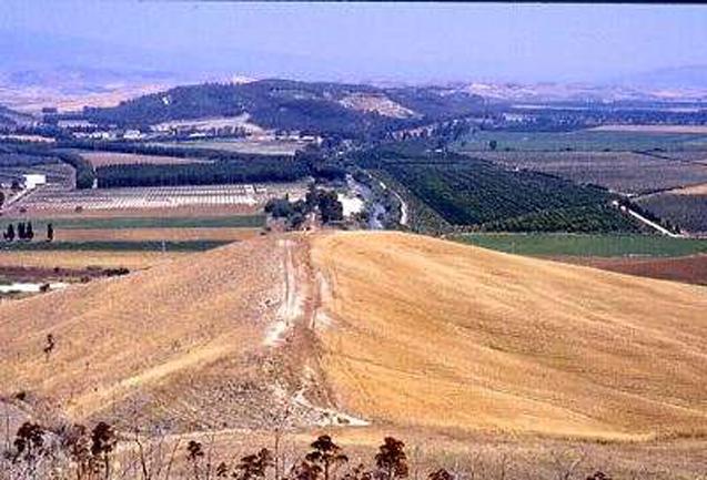La bassa valle del Tacina
