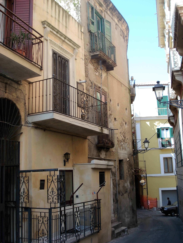 Crotone, palazzo Labonia.