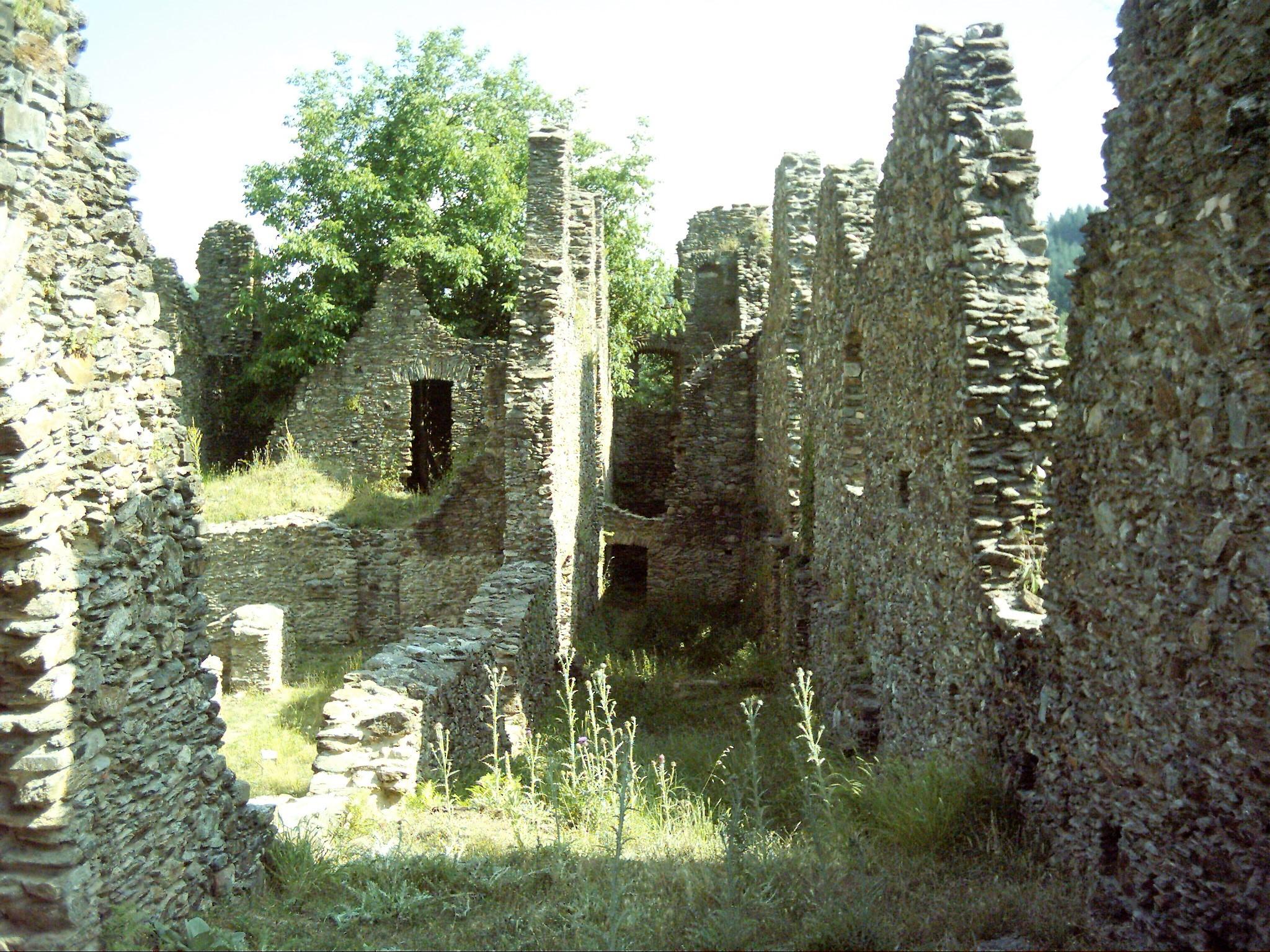 Ruderi di Santa Maria di Corazzo