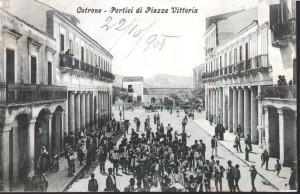 001-portici-di-piazza-vittoria-v-1905
